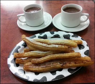 Churros con chocolate -  Pamplona