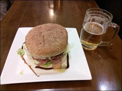 Hamburguesa y caña - Burgos