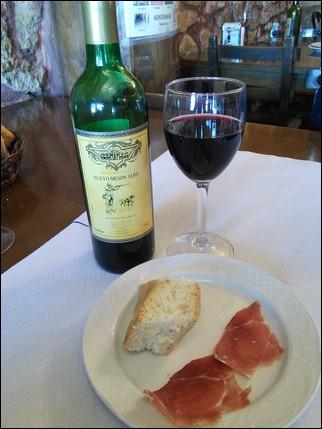 Jamón serrano y vino -  Villafranca Montes de Oca