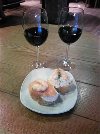 Pintxos y vino - Pamplona
