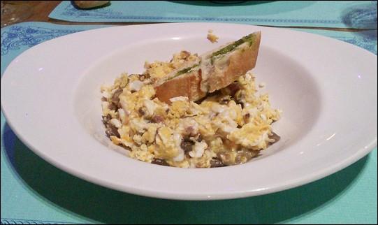 Revueltos de hongos jamón y huevos -  Pamplona