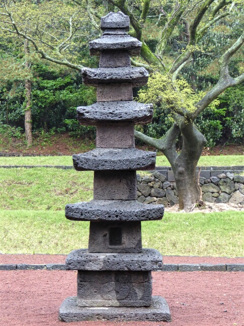 5 Storied Stone Pagoda, the only one on Jeju, built in 1300