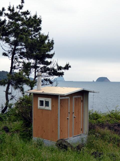 Plenty of toilets on Jeju