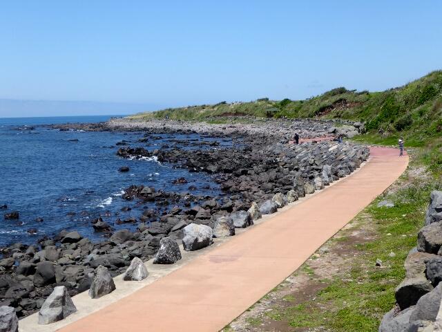 The path around Gapa-do