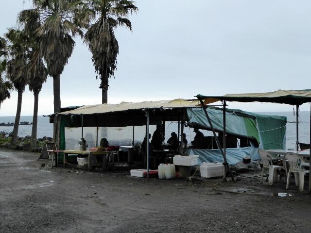 Seaside shack sells food