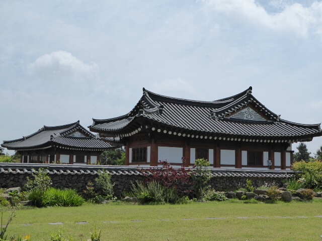 Traditional Korean house in Jeoji village