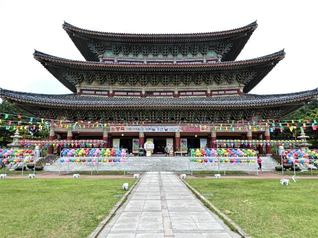 Yakcheon-sa Temple