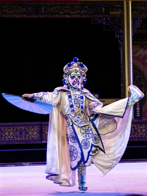 The famous Chengdu face-changing opera