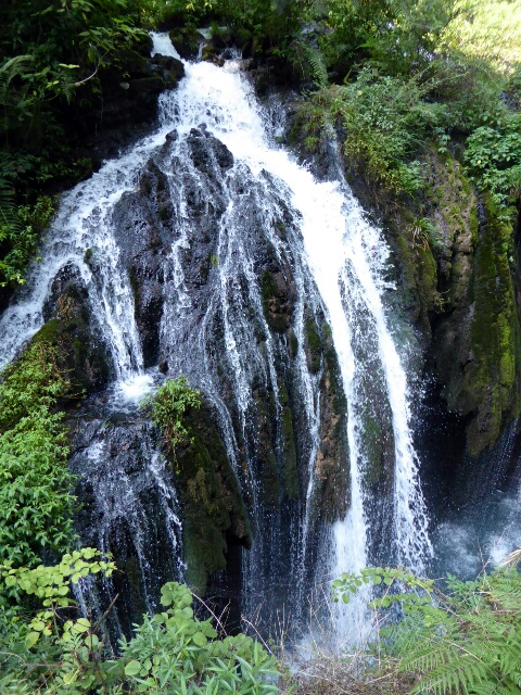 Waterfall in the Xiling Gorge area
