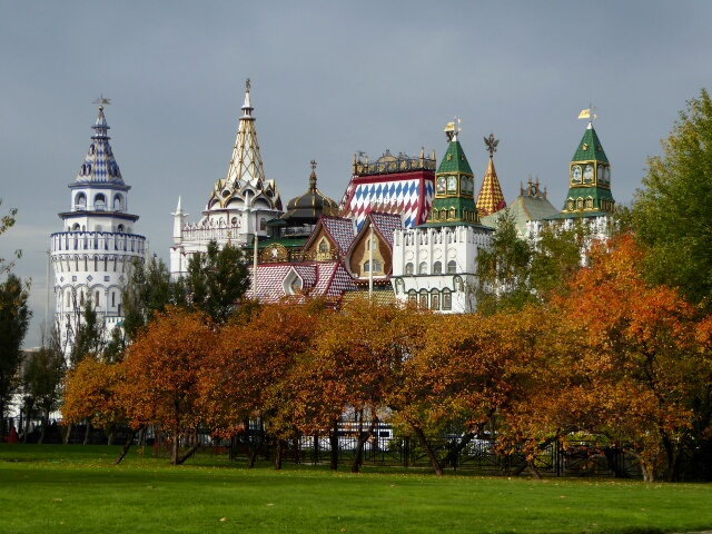 Looks like the Kremlin, but it's Izmailovsky Souvenir Market