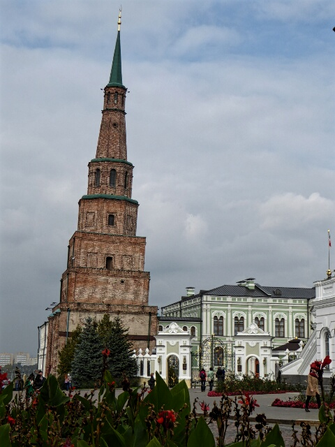 Leaning Tower of Kazan goes back to the reign of Peter the Great