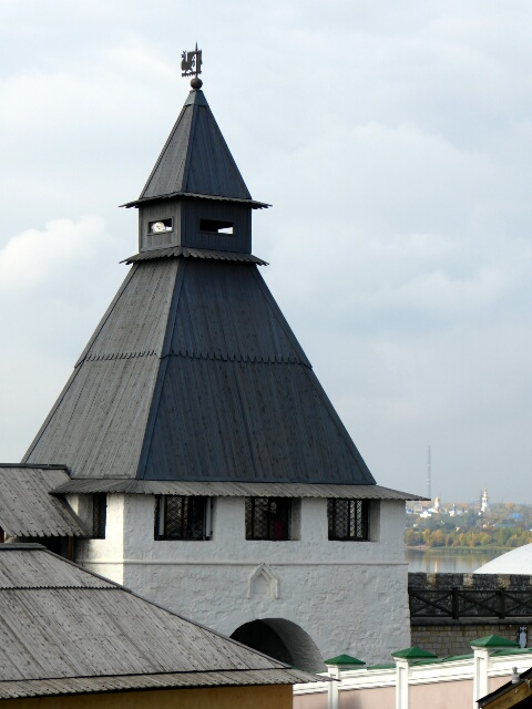 Kremlin tower with steep wooden roof