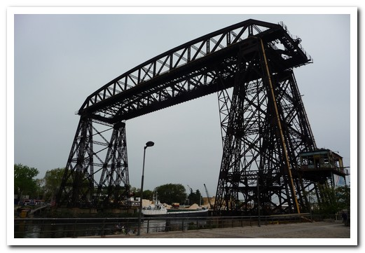 The old transporter bridge near La Boca
