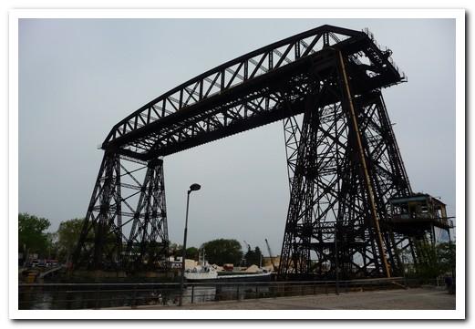 The old transporter bridge near La Boca