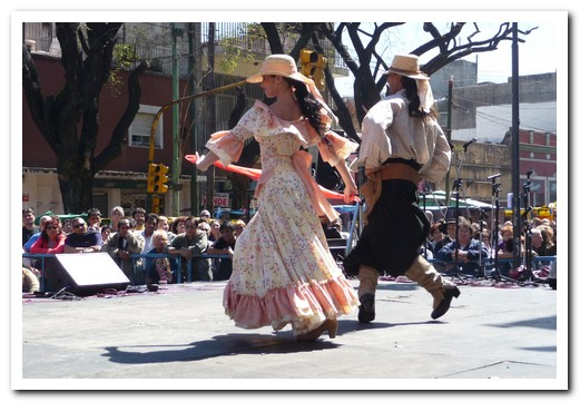 More gaucho dancing