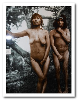 Old photgraph of a Yamana couple in Ushuaia museum