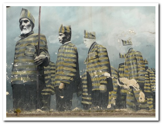 Mural depicting the early prisoners of Ushuaia