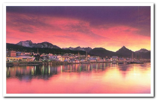 Ushuaia by night