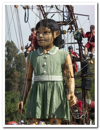 The little giant (puppet)