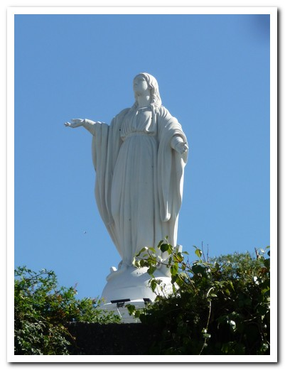 Statue of the Virgin on Cerro San Cristobel