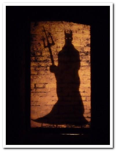 El diablo in the cellar