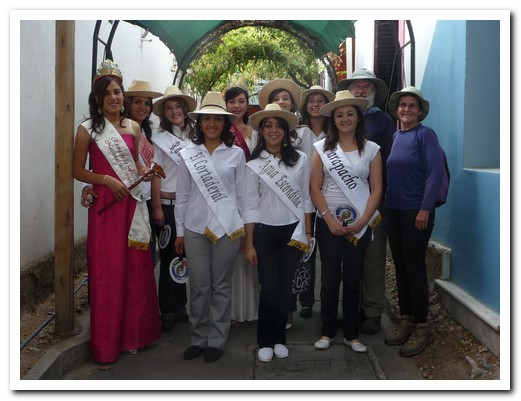 Vendemia queen contestants and supporters
