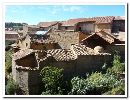Tiled roofs in Totora