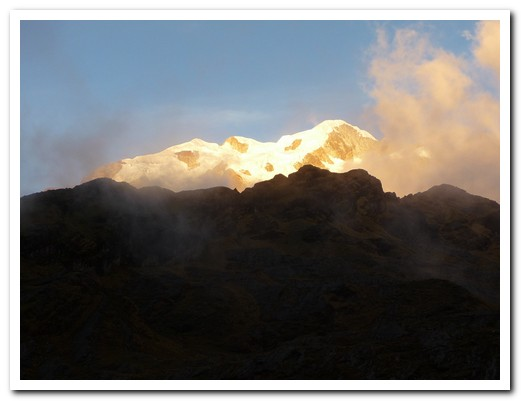 The mountains behind Lake Chillata