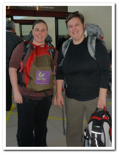 Katie and Chantelle arrive in Santiago