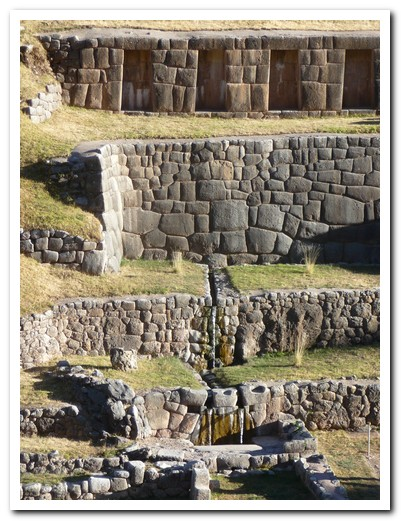 500 year old fountains still running at Tambomachay Inca site