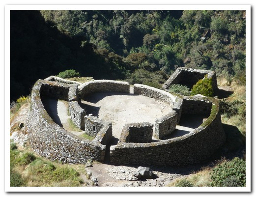 Runkuraqay Inca Site (in the shape of the Inca knife)
