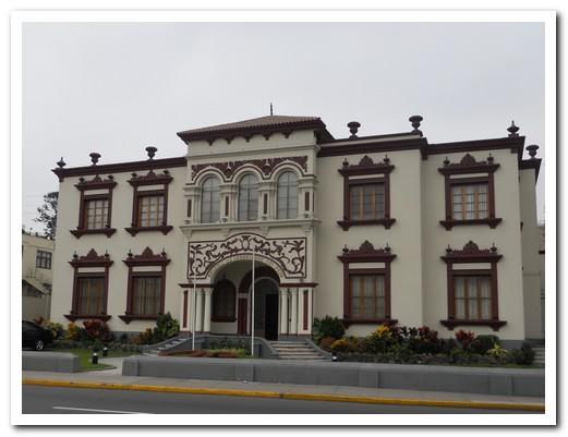 Building in Miraflores (suburb of Lima)