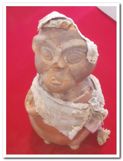 Clay figure found at the Huaca Pucllana site