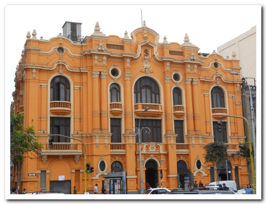 Central Lima building (19th century)
